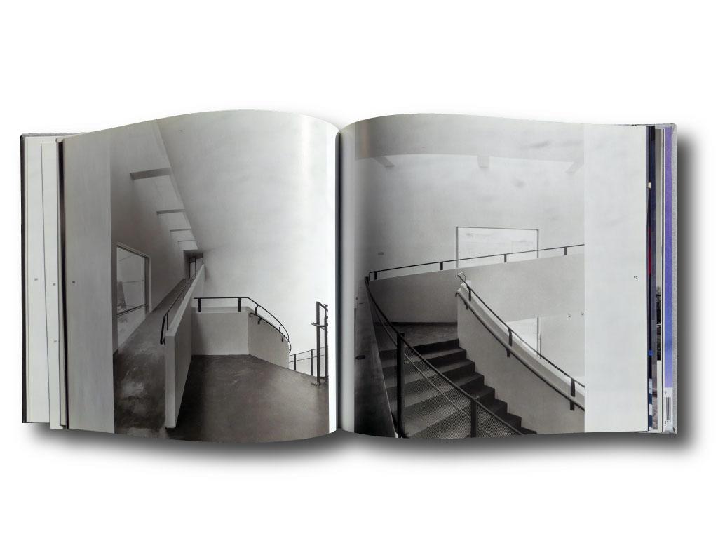 Kiasma: Steven Holl / Museum of Contemporary Art / Helsinki   bookm-ark.fi
