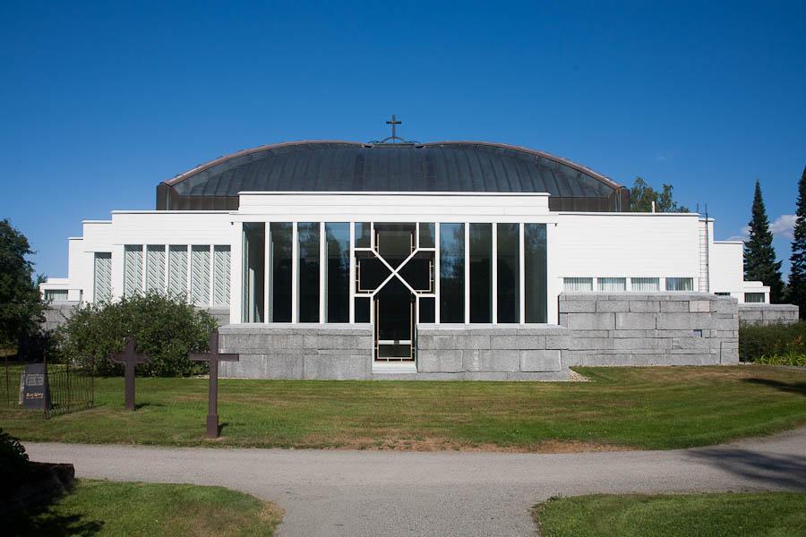 Reima ja Raili Pietilä, Lieksan kirkko, 1982. Valokuva: Anni Vartola, 2014.